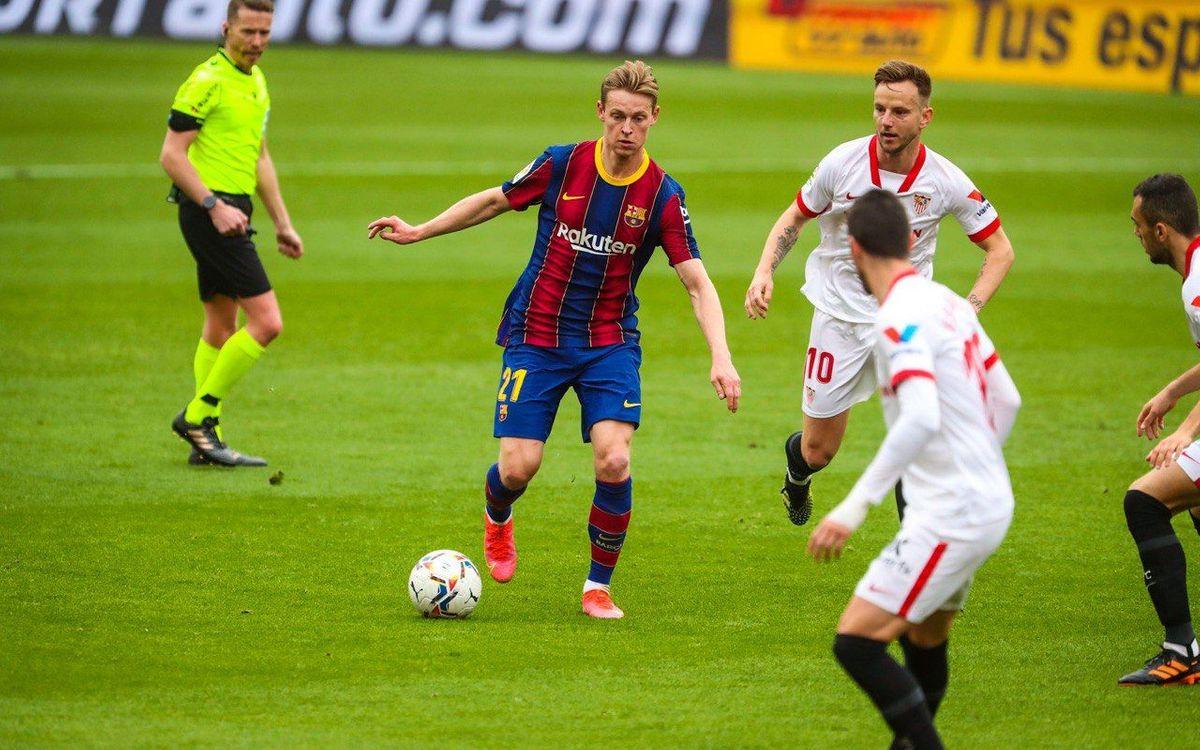 De Jong against Sevilla.