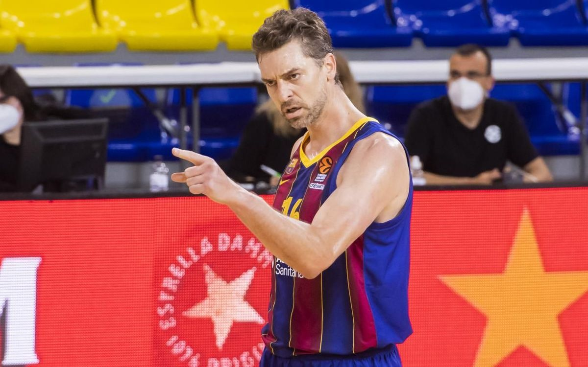 Pau Gasol returns to action as a blaugrana
