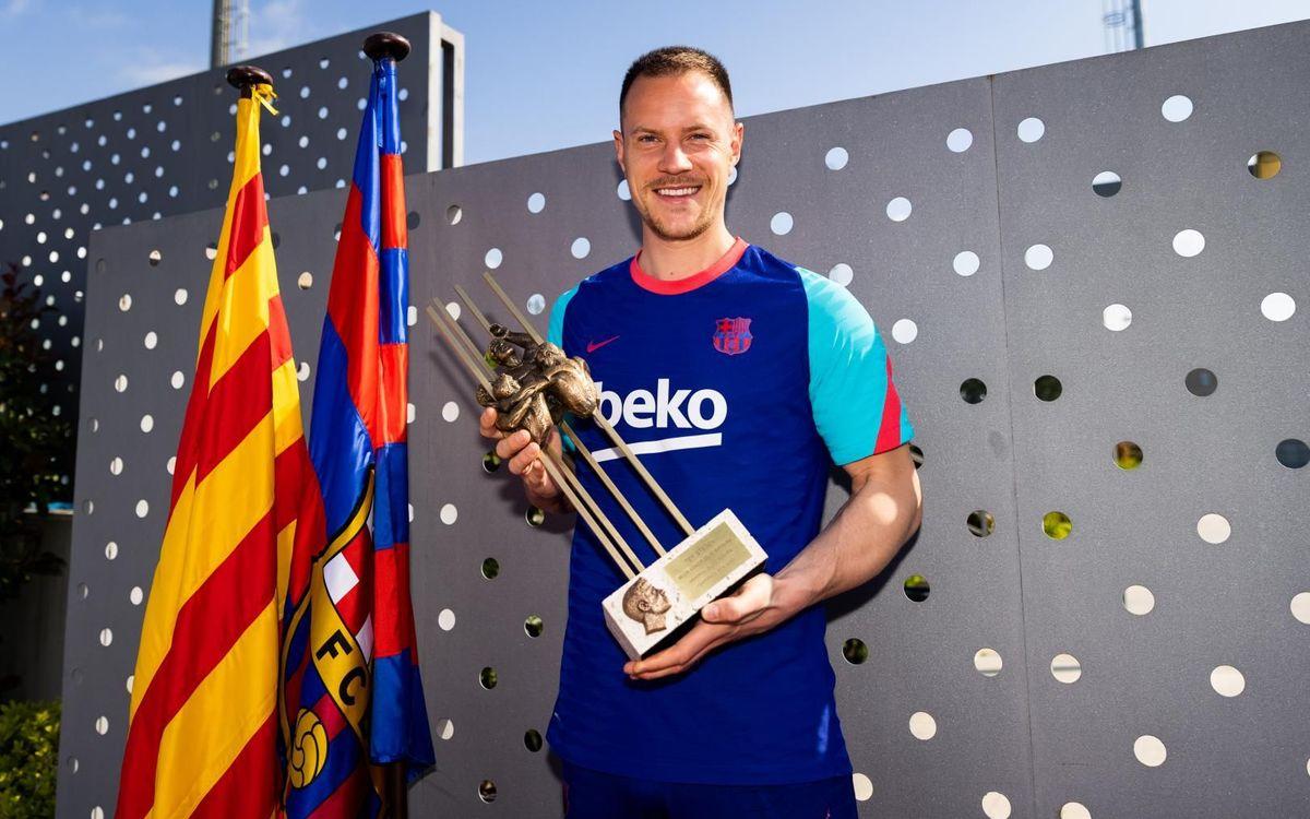 Ter Stegen recibe el Premio Memorial Aldo Rovira de la temporada 2019/20
