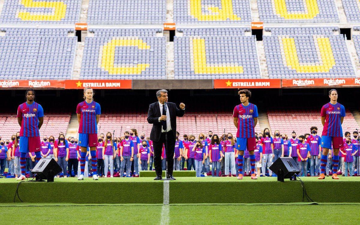 Barça presents new strip at Camp Nou