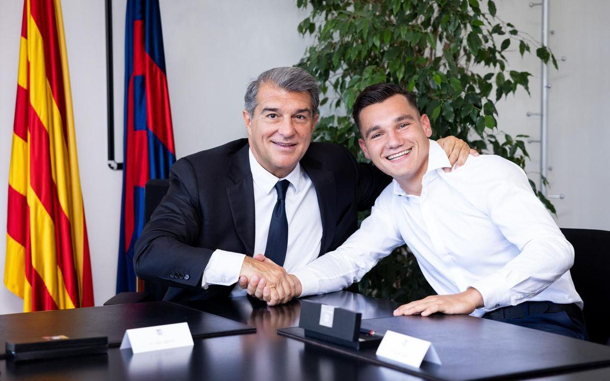 Barça B signs Ferran Jutglà