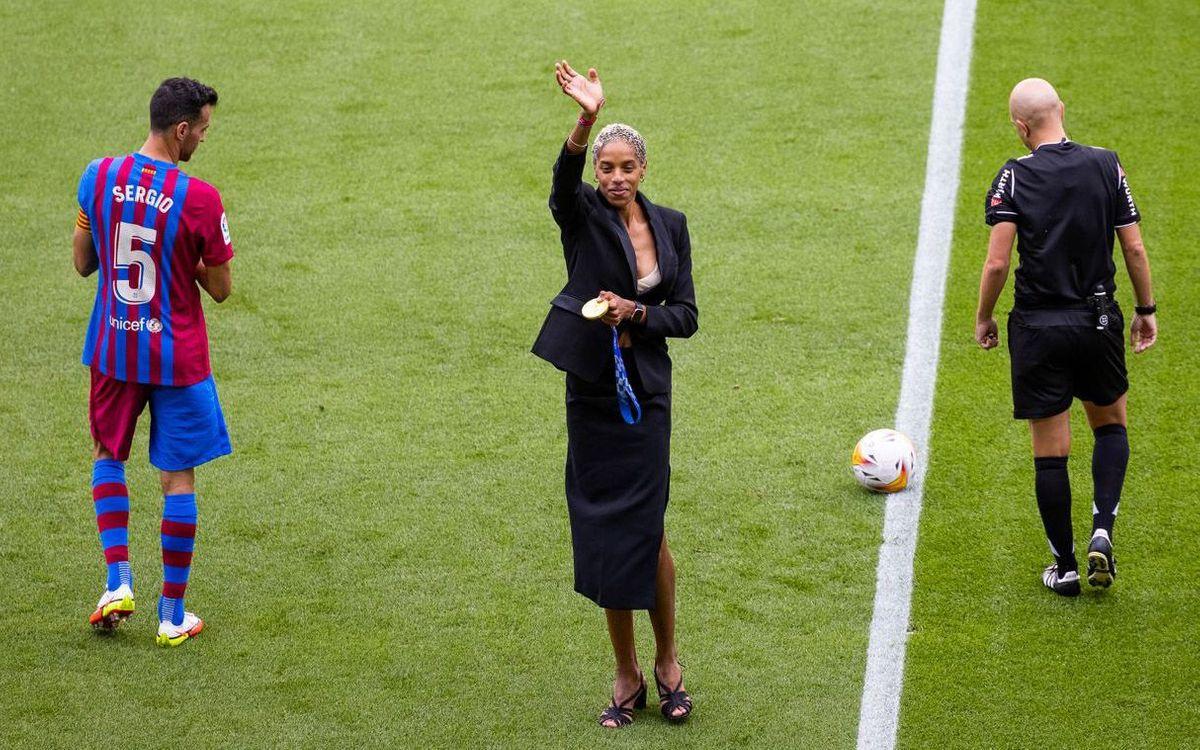 Yulimar Rojas takes Barça v Getafe honorary kick-off