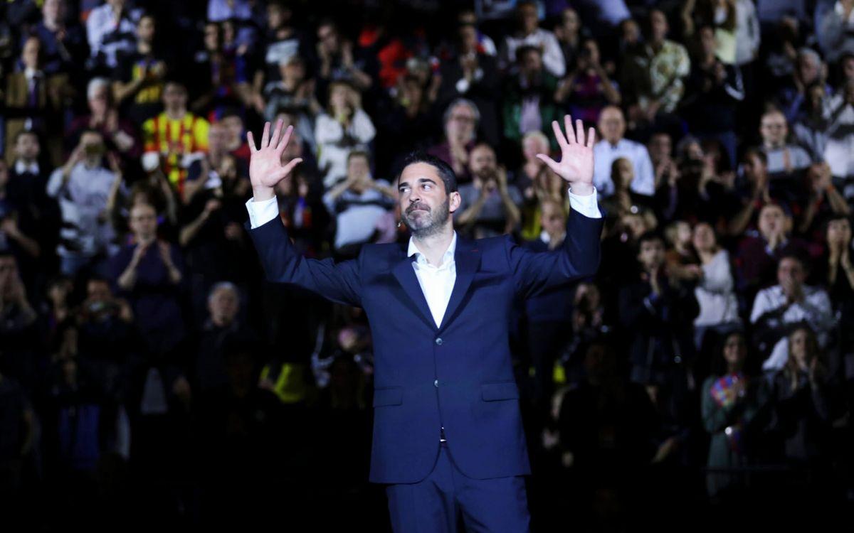 El '11' de Navarro ya cuelga del Palau Blaugrana