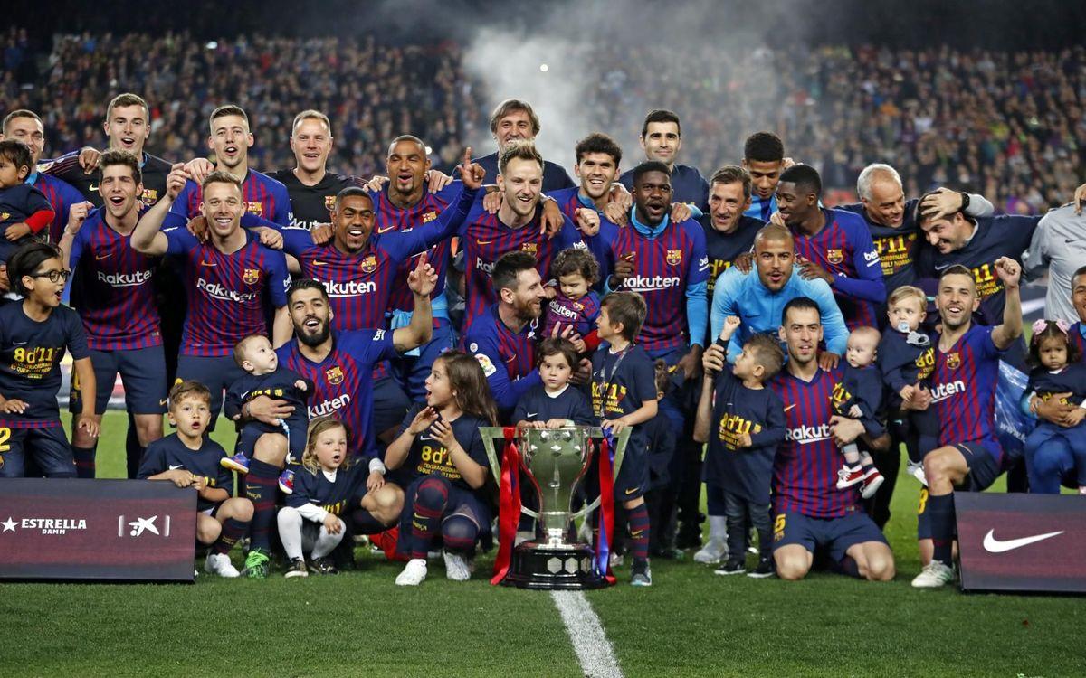 Scènes de liesse au Camp Nou après le titre