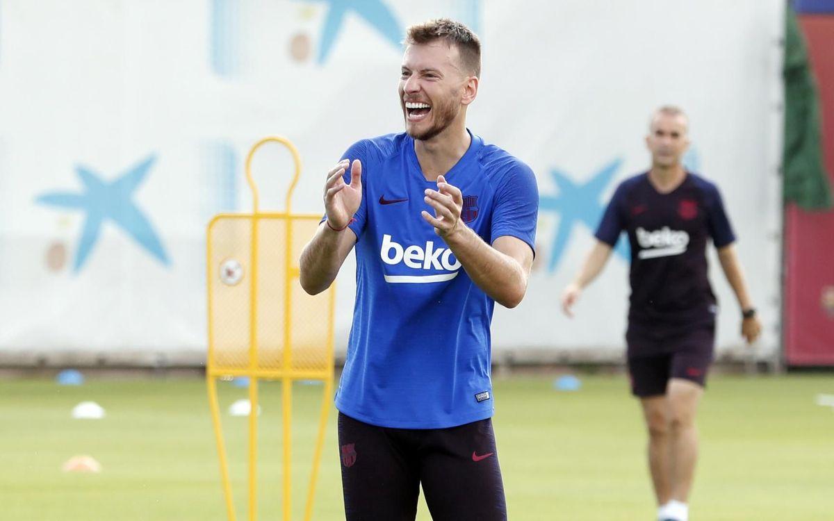 バルセロナで練習再開