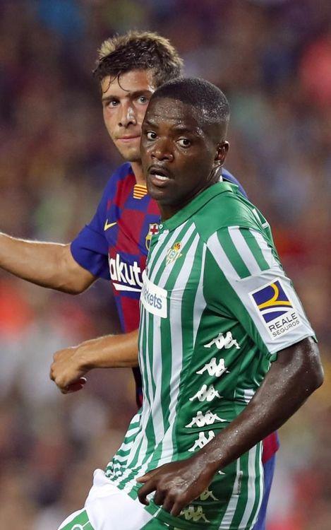 صور مباراة : برشلونة - بيتيس 5-2 ( 25-08-2019 )  Mini_2019-08-26-OTRO-BARCELONA-BETIS-08